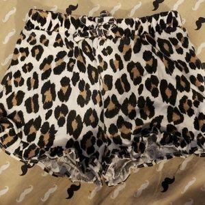 Leopard baby shorts